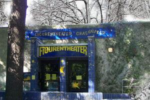 Figurentheater Grashüpfer im Treptower Park in Berlin