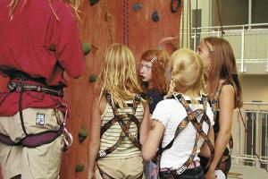 Klettercamp in der Kletterhalle Magic Mountain Berlin