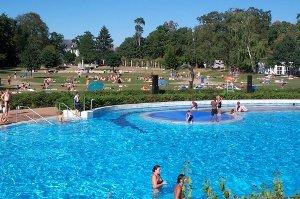 Frankfurt Schwimmbad freibad stadion in frankfurt mamilade ausflugsziele
