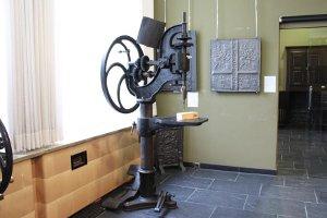 Alles über Eisen und Eisenerze erfahren die Familien im Eisenmuseum (c) Eisenmuseum Jünkerath