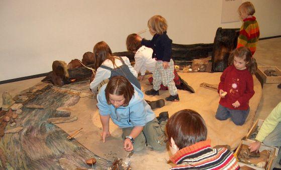 Kinder im LVR-LandesMuseum Bonn