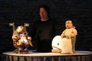 (c) Theater Globus