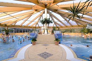 (c) Weser-Therme