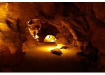 (c) Aggertalhöhle
