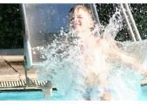 Freibad des Erlenbades in Alsfeld (c) Erlenbad