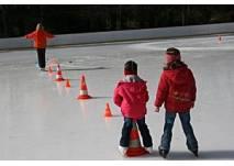 © Die ungewöhnliche Eislaufschule