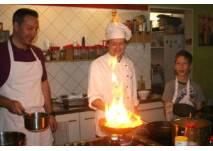 """Kinder kochen mit der Kochschule """"Kochabenteuer"""" in Berlin"""