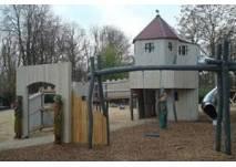 Spielplatz im Schulenburgpark in Berlin