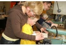 Bastel-Strolche in den Lern- und Erfinderwerkstätten in Berlin