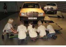 Kindergeburtstag im Mercedes-Benz Museum Stuttgart