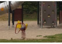Spielplatz mit Sand und Wipptier