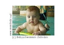 Babyschwimmen im Delfi-Bad in Gehrden