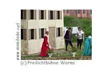 """""""Die kleine Hexe"""" im Freilichttheater Worms"""