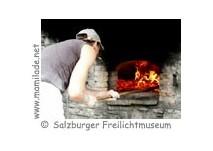 Handwerksvorführung im Salzburger Freilichtmuseum