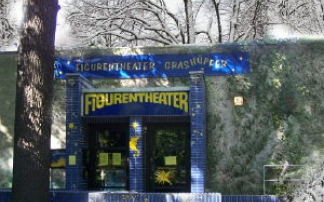 Figurentheater Grashüpfer im Treptower Park in Berlin