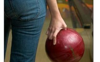 Die Bowlingbahn in der Eishalle im Maximilianpark Hamm
