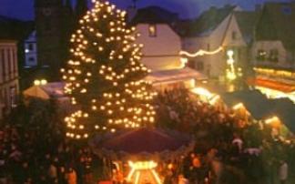 Weihnachtsmarkt im Feuerschein Hauenstein