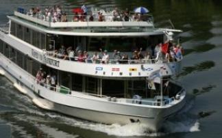 Schifffahrt auf dem Main (c) Primus Linie