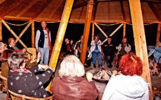 Zuhörer im Märchenschiff Norddeich