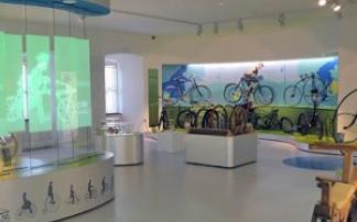 deutsches zweirad und nsu museum in neckarsulm mamilade ausflugsziele. Black Bedroom Furniture Sets. Home Design Ideas