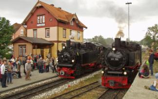Zwei Loks der Öchsle Schmalspurbahn
