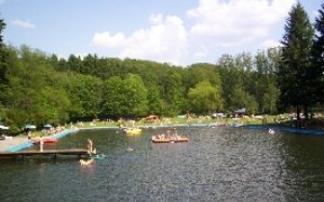 Erholen im Naturfreibad in Simmern (c) Naturfreibad in Simmern