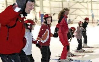 Ski- und Snowboardcamp im alpincenter Hamburg-Wittenburg