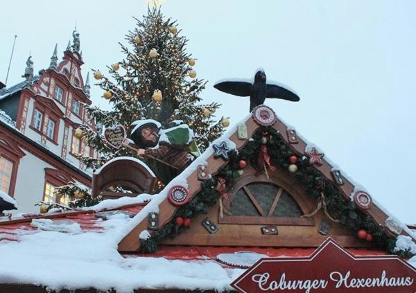 Das Hexenhaus auf dem Weihnachtsmarkt Coburg