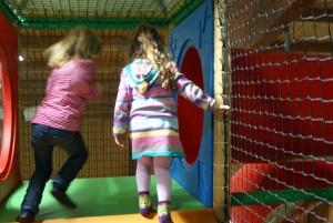 Kinder beim Toben im Funpark Trossingen