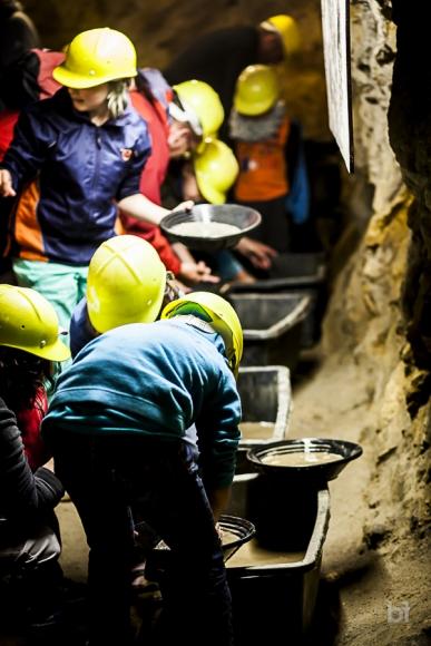 Schatzsuche im Besuchsbergwerk Teufelsgrund Münstertal Kindergeburtstag im Bergwerk