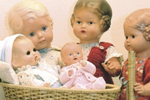 Schildkröt-Puppen (c) Coburger Puppenmuseum