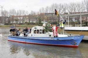 Adventsfahrten mit dem Polizeiboot (c) TECHNOSEUM