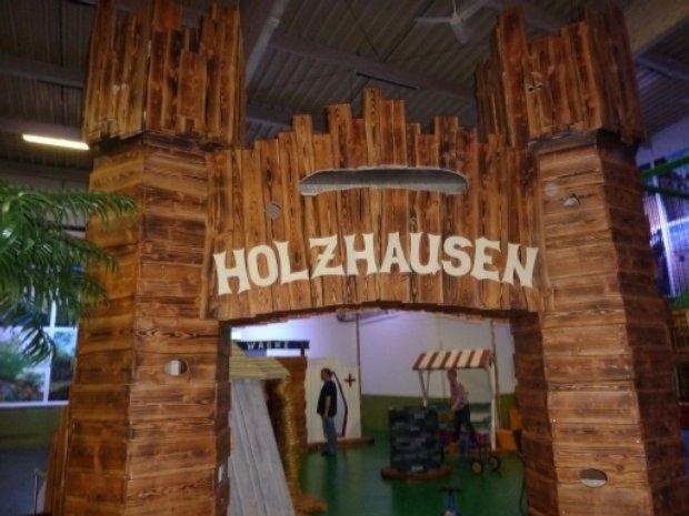 Fun Center Husum - Holzhausen