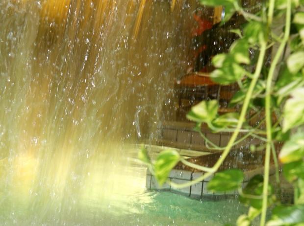 Wasserfall Meersburg Therme