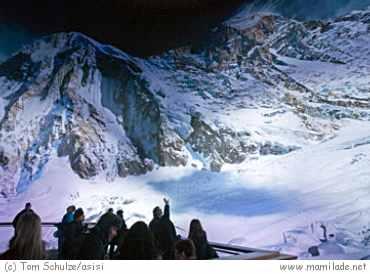 Everest - eine Ausstellung im Asisi panometer