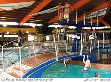 Freizeitbad Reinbek: Sommer- und Hallenbad
