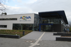 Eingangsbereich Hallenbad Walldorf (c) AQWA Badepark