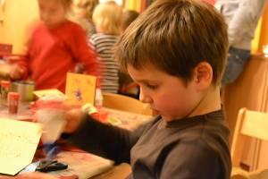 Basteln - Faschingsferienprogramm im Jungen Schloss Stuttgart (c) alex grom