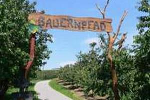 Eingan zum Bauernpfad (c) Tourist-Information Kressbronn