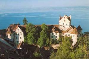 Blick auf die Burg und den Bodensee (c) Burg Meersburg