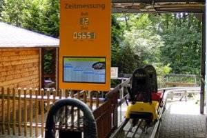 (c) Sommerrodelbahn Petersberg bei Halle