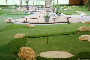 Indoor-Parkanlage (c) Familienpark Tropilua