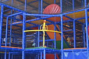 Indoor-Spielplatz (c) alex grom