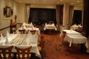 (c) Restaurant Ellerhof in Merzig