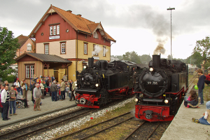 Zwei Dampfloks (c) Thomas Freidank, Öchsle-Bahn gGmbH