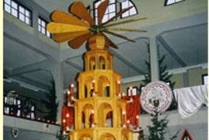 Pyramidenfest in Ronneburg - der besondere Weihnachtsmarkt (c) Heimatverein Ronneburg