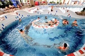 (c) Freizeit- und Erlebnisbad SAALEMAXX