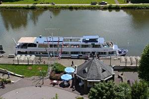 (c) SPS Saar Personenschiffahrt GmbH & COKG
