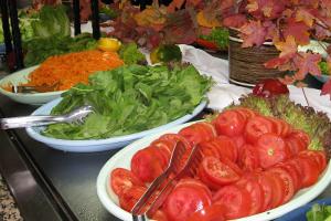 Salat-Buffet (c) alex grom