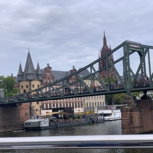 Check Frankfurt Schiffahrt